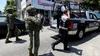 Acapulco'da tüm polis memurarının silahlarına el kondu