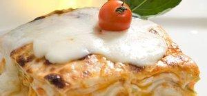 Lazanya tarifi ve kalorisi... Orijinal lazanya nasıl yapılır?