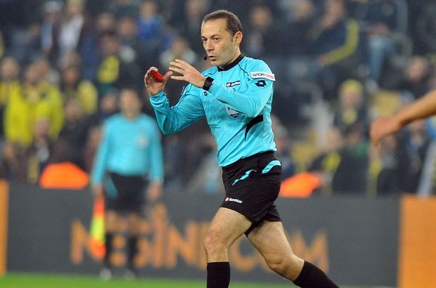 Cüneyt Çakır, Al Ittihad-Al Wehda maçını yönetti