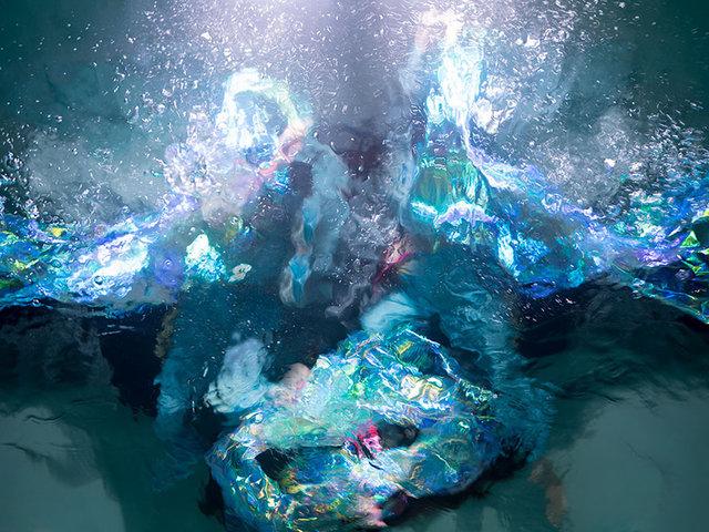 Christy Lee Rogers'ın tabloyu andıran su altı fotoğrafları hayran bırakıyor