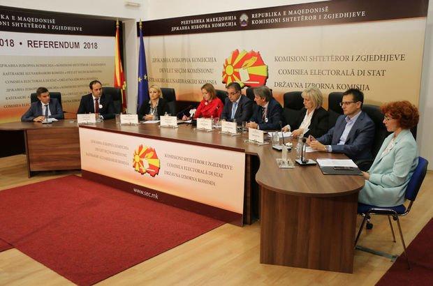 Makedonya referandumuna yetersiz katılım