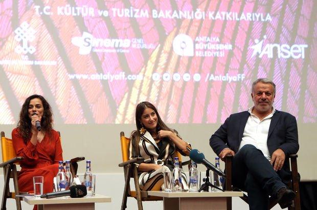 Özge Özpirinççi, Hazal Kaya, Fatih Aksoy