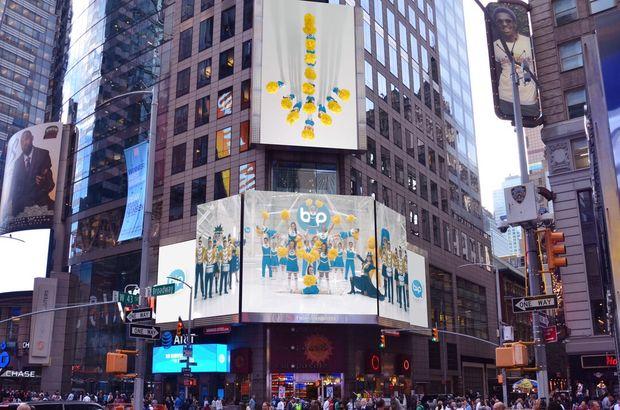 BiP'in yurtdışındaki ilk reklamları New York'ta, ünlü Times Meydanı'nda dijital ekranlarda yayınlandı.