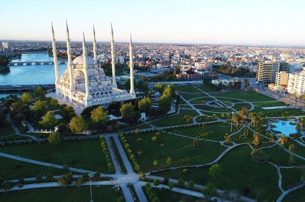 Adana Cuma namazı saat