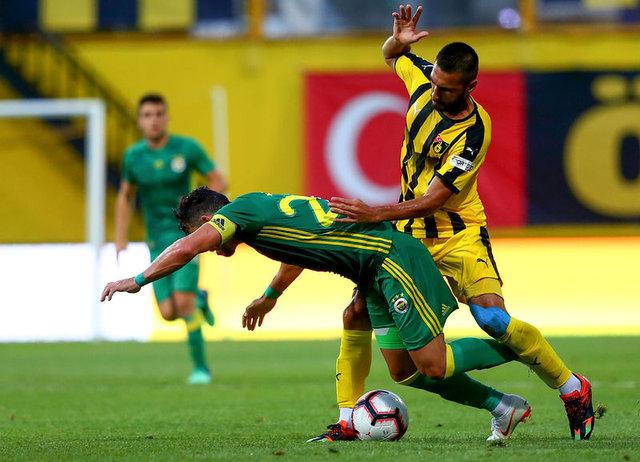 Fenerbahçe - İstanbulspor maçında futbolcuların performansları