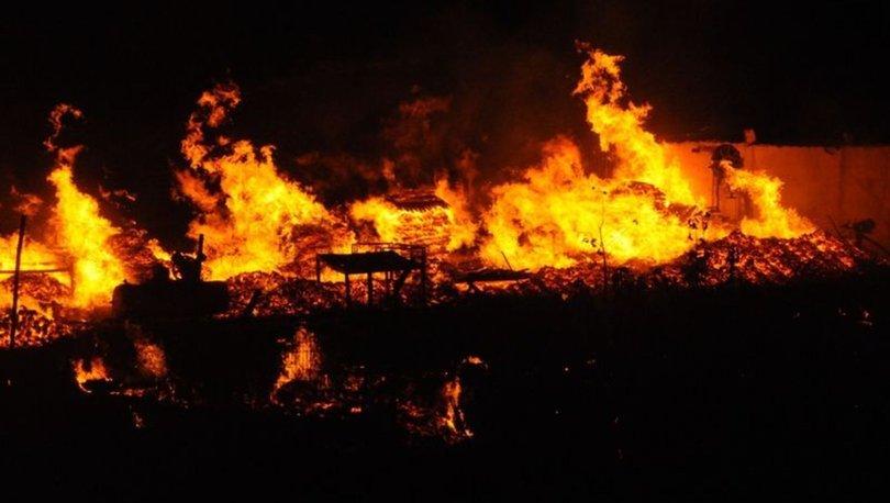 Kocaeli palet imalathanesi yangın
