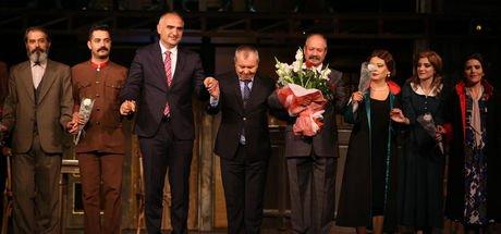 Bakanlar 'Reis Bey'in galasına katıldı