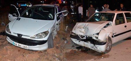 Kahramanmaraş'ta iki kardeş kaza yaptı; 9 kişi yaralandı