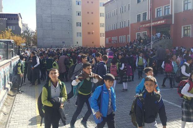 Ağrı'da korkutan deprem! Okullar boşaltılarak, tatil edildi