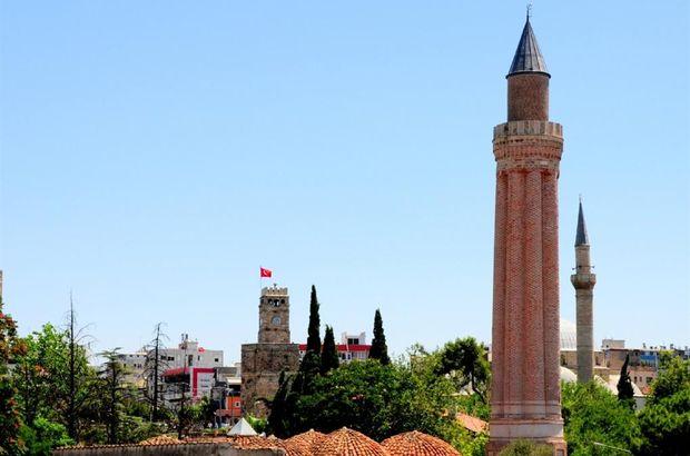 Antalya Cuma namazı saati