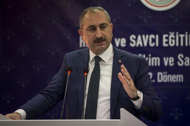 """Adalet Bakanı Gül'den Danıştay'a """"Andımız"""" tepkisi"""