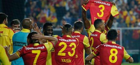 İzmir'de penaltı kaçtı!