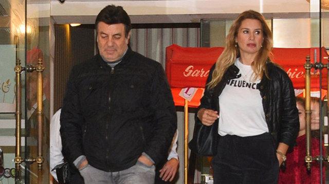 Coşkun Sabah ile eski eşi Ceyda Okay, Etiler'de görüntülendi - Magazin haberleri