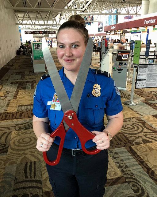 Havalimanı güvenliğine takılan ilginç görüntüler