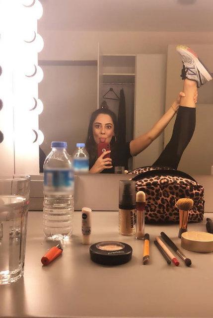 Merve Sevi'nin bacak hareketi şaşırttı - Magazin haberleri
