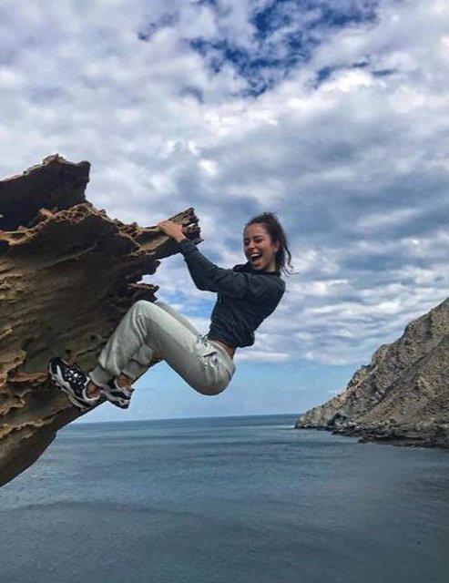 Hamdi Alkan'ın kızı Zeynep Alkan'ın soğukla imtihanı - Magazin haberleri