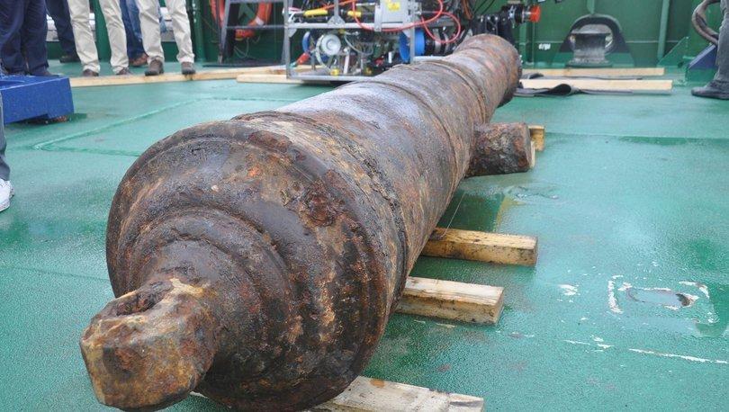 Didim açıklarında tarihi gemi kalıntısını bulundu