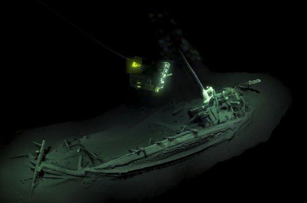 gemi enkazı,