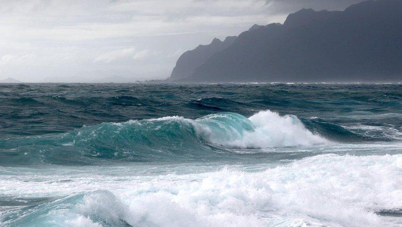 Walaka Kasırgası bir adayı haritadan sildi!
