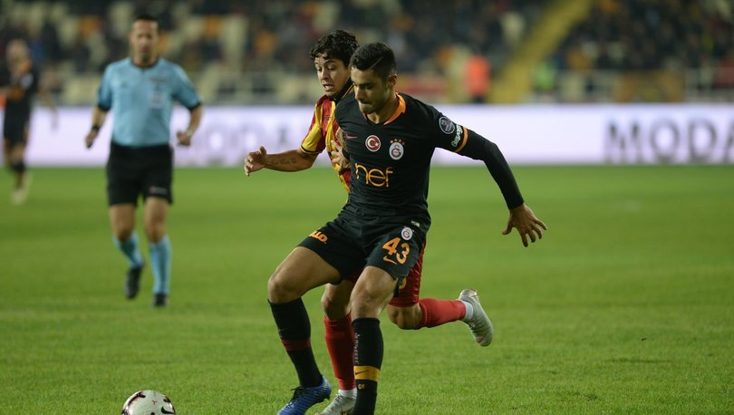 Ozan Kabak 3. kez penaltıya neden oldu