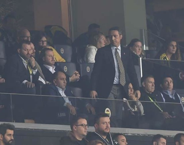 Cocu dönemi 3 dakikada bitti! Fenerbahçe haberleri
