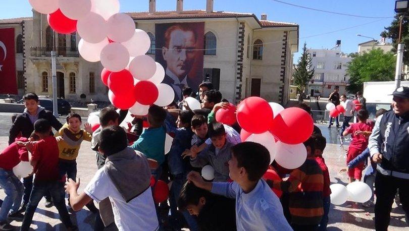 Suriyelilerin balon izdihamı!