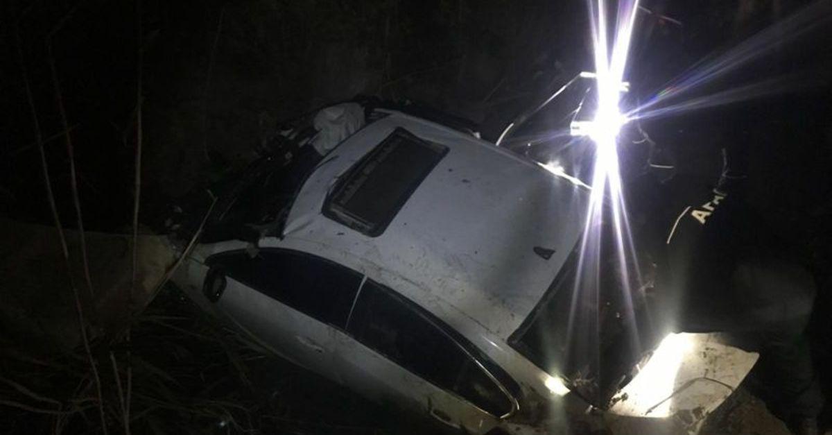 Otomobille gezi acı bitti: 2 ölü Cep sinyalinden ulaşıldı!