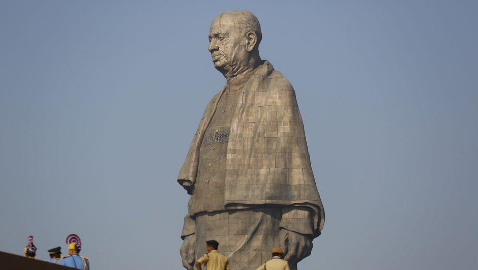 403 milyon dolara mal olan heykelin açılışı yapıldı!