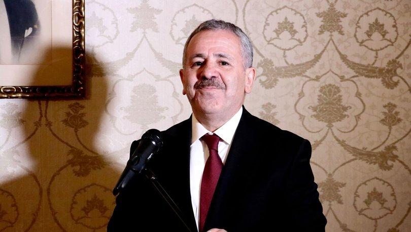 Türkiye'nin Lahey Büyükelçisi Şaban Dişli resmen göreve başladı