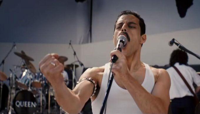 Rami Malek, Freddie Mercury rolünde harikalar yaratıyor.
