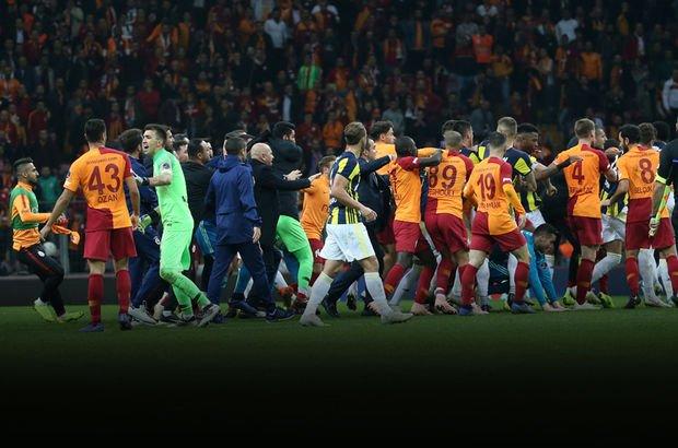 SON DAKİKA! Galatasaray - Fenerbahçe maçında olay