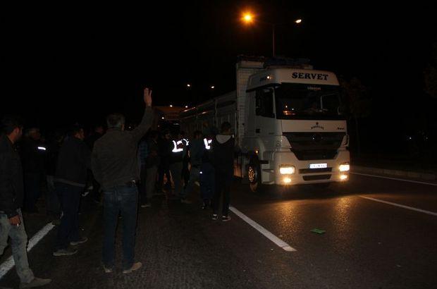 Eylem yapan nakliyeciler Ankara yolunu trafiğe kapattı