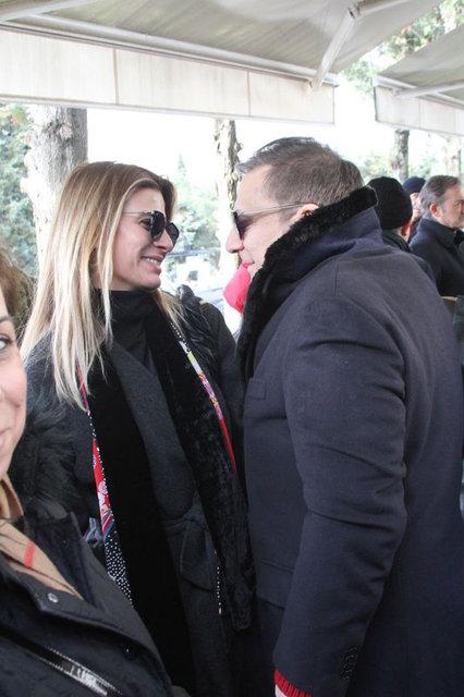 Tuğba Coşkun eski eşi Mehmet Ali Erbil için çocuk sevindirdi - Magazin haberleri