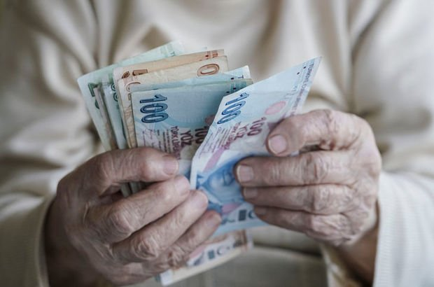 Emekliye yüzde 13 zam