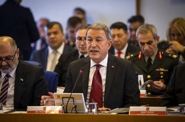 Bakan Akar'dan ABD ve bedelli askerlik açıklaması