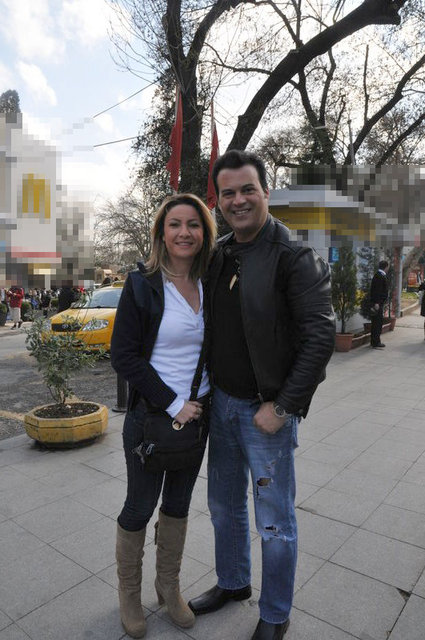 Hakan Peker ile Arzu Öztoprak boşandı! Hakan Peker kimdir? - Magazin haberleri