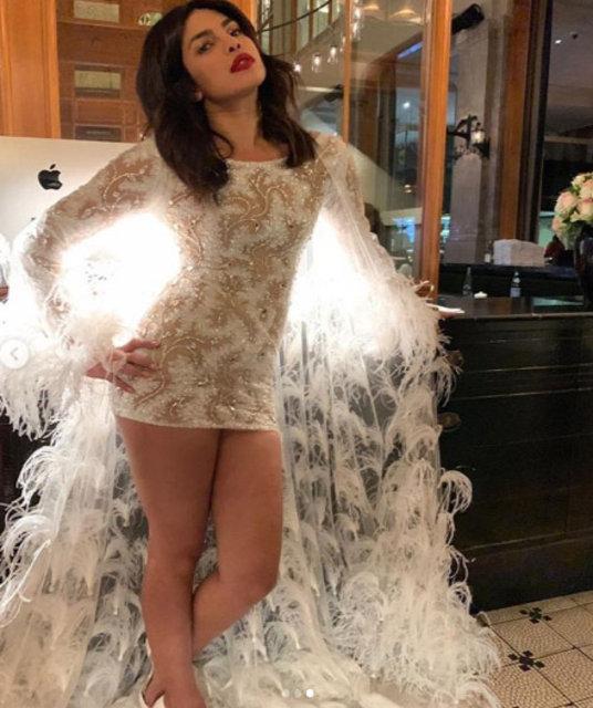 Priyanka Chopra'dan bekarlığa veda partisi - Magazin haberleri