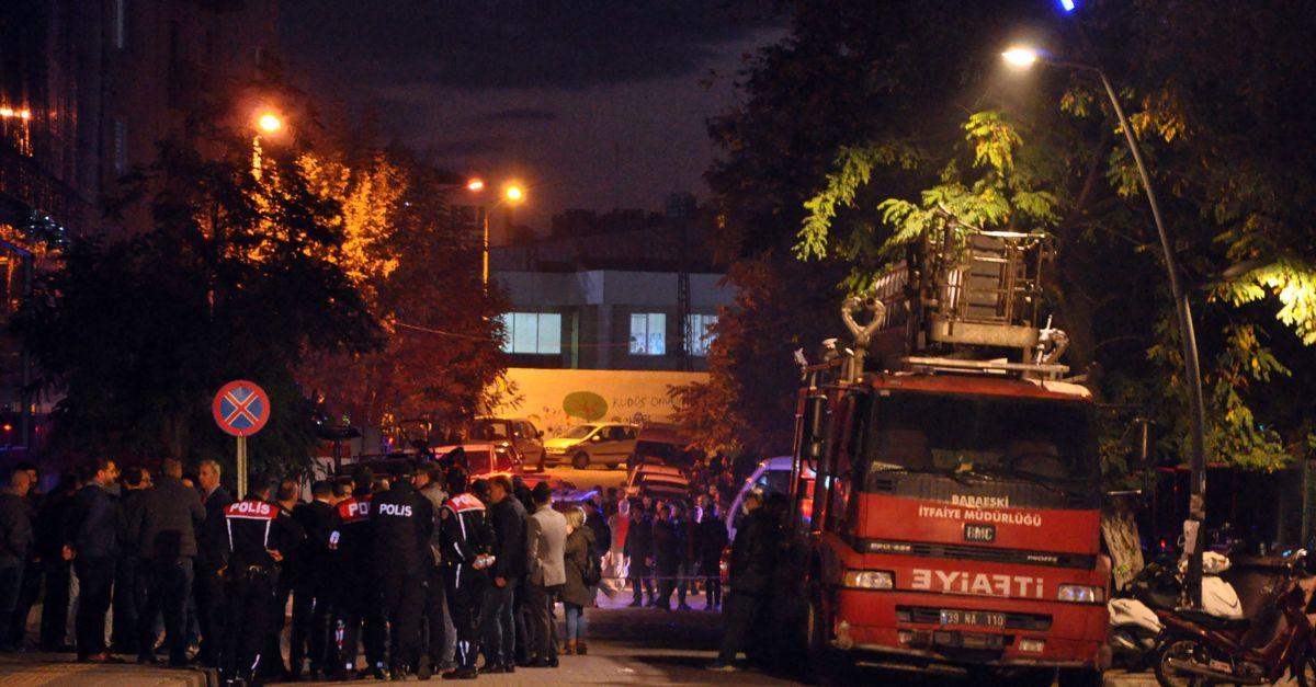 Lüleburgaz'da AVM'de yangın! Mahsur kalanlar var