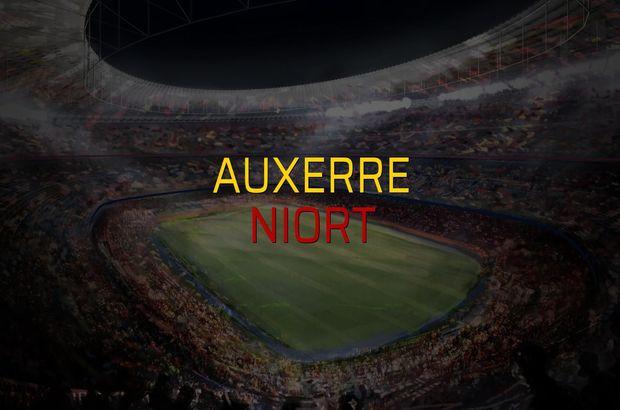 Auxerre - Niort sahaya çıkıyor