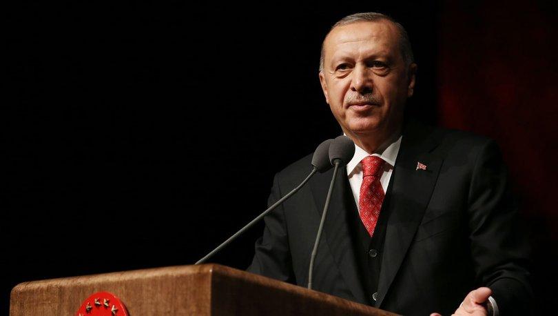 Cumhurbaşkanı Erdoğan'dan Türkçe ezan tepkisi!