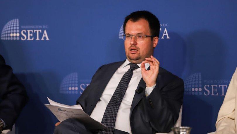 Doç. Dr. Şener Aktürk: Avrupalıların Müslümanlarla ilgili tarihi travmaları var