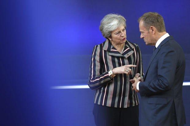 Londra'da tarihi gün: Brexit anlaşması tamam, bakanlar toplantıya çağrıldı!