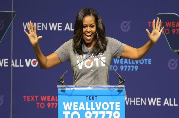 Michelle Obama'nın bugün piyasaya çıkan kitabında neler var?