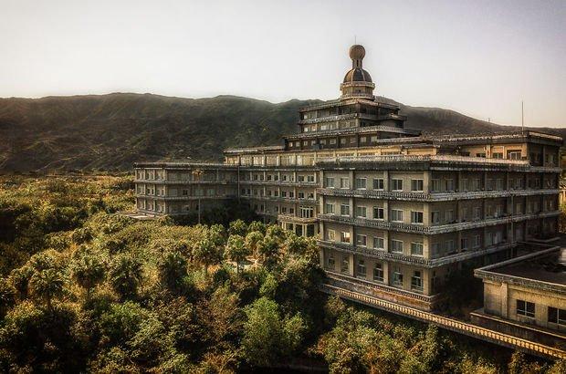 Japonya'nın en büyük terk edilmiş oteli!
