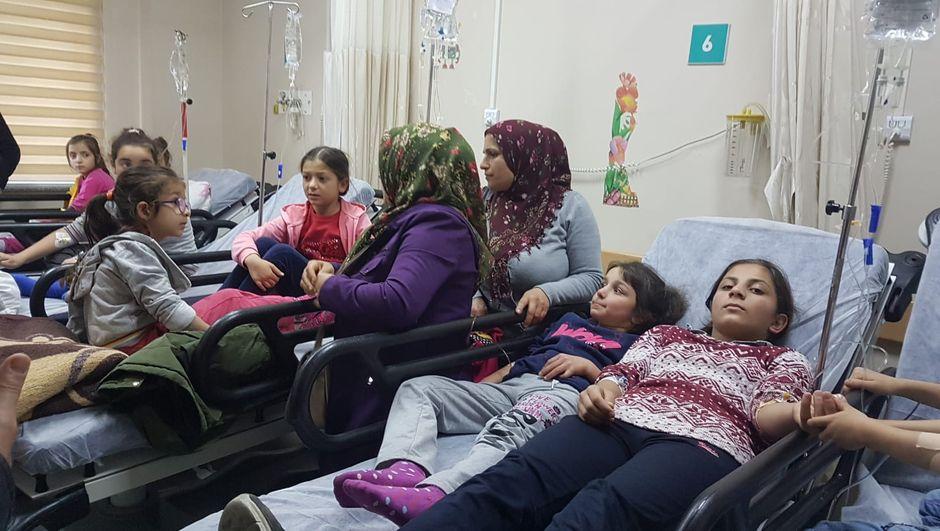 Trabzon'da salgın şüphesi: 25 öğrenci hastaneye kaldırıldı