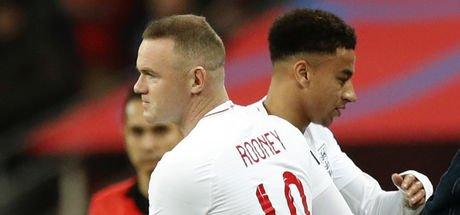 Wayne Rooney veda etti!