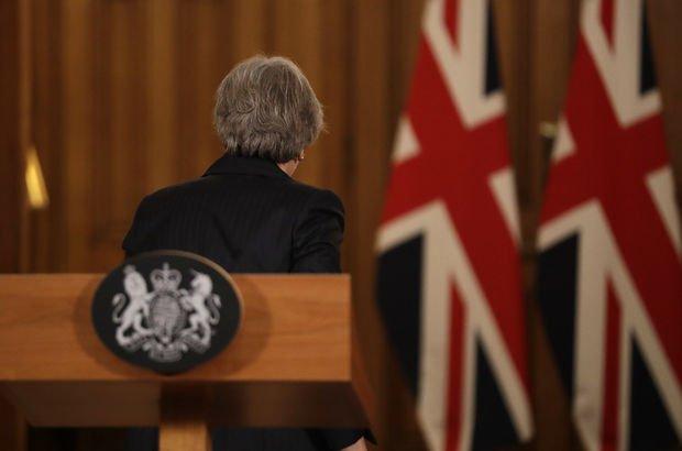 May'den kritik mesaj: Avrupa Birliği'nden ayrılıyoruz!
