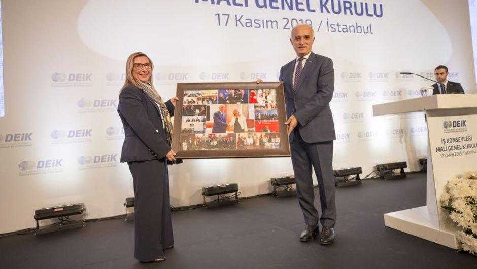 '35 yeni noktada Türk Ticaret Merkezi kuracağız'
