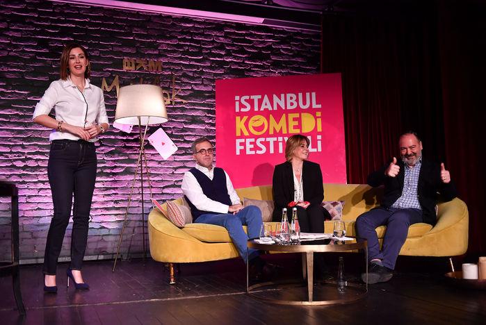 Şirin Sever, Soner Canko, Sanem Oktar, Mehmet Nane (soldan sağa)