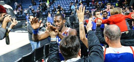Anadolu Efes, Maccabi'yi devirdi!